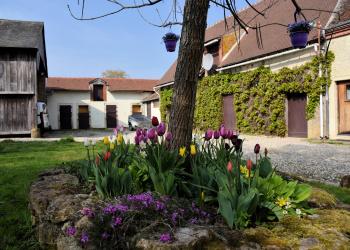 Maison au Calme Type 9 de 195 m² + Grange à Chavin
