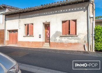 Maison de village plain pied d environ  101 m² + garage à L'isle/Tarn