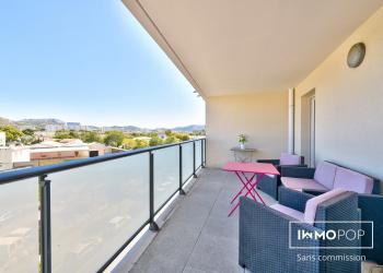 Appartement Type 3 de 64 m² + 2 parkings à Marseille 10ème