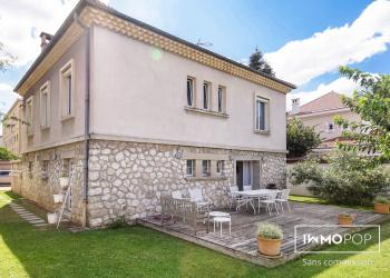 Maison de Maître Type 10   de 260 m² à Romans-sur-Isère