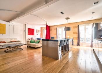 Appartement Type 2 de 90 m² au coeur de Bordeaux