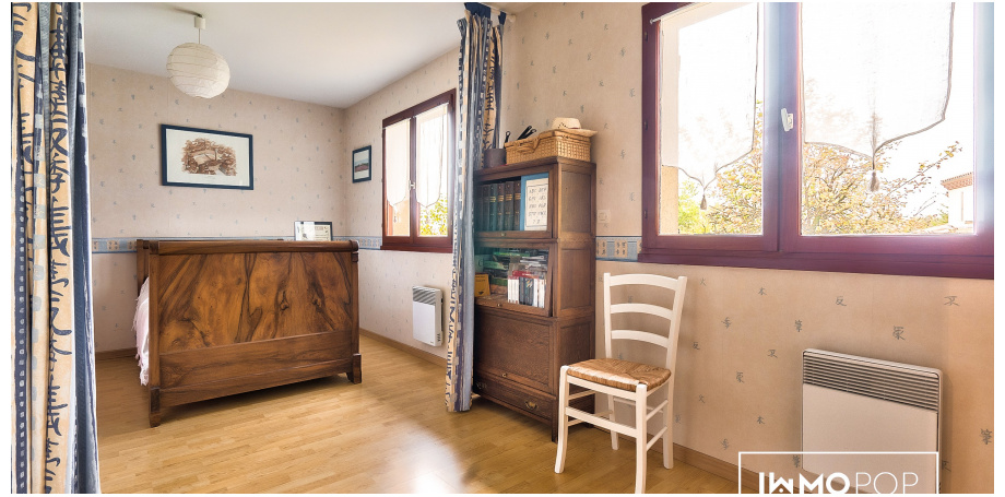 Maison Type 7 de 143 m² + garage à La Brède