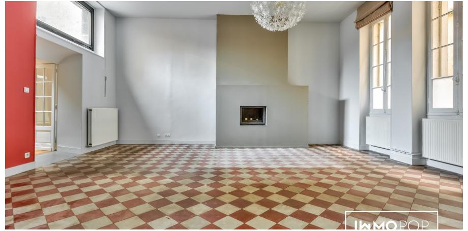 Appartement Type 4 de 157 m² à Bordeaux