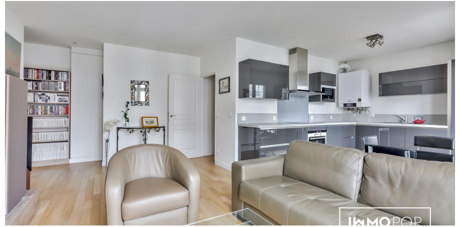Appartement Type 2 de 52 m² + cave à Paris 20 ème