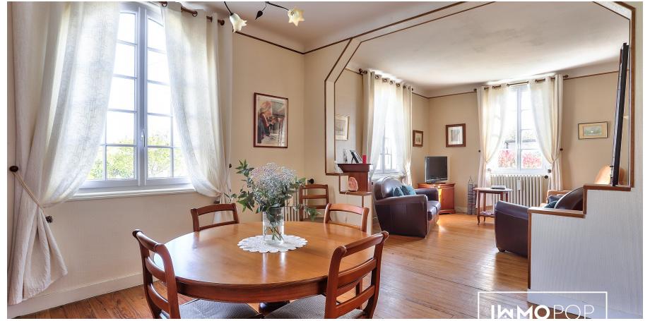 Maison  plain pied Type 5 de 112 m² + dépendance de 28 m² + garage à Pessac