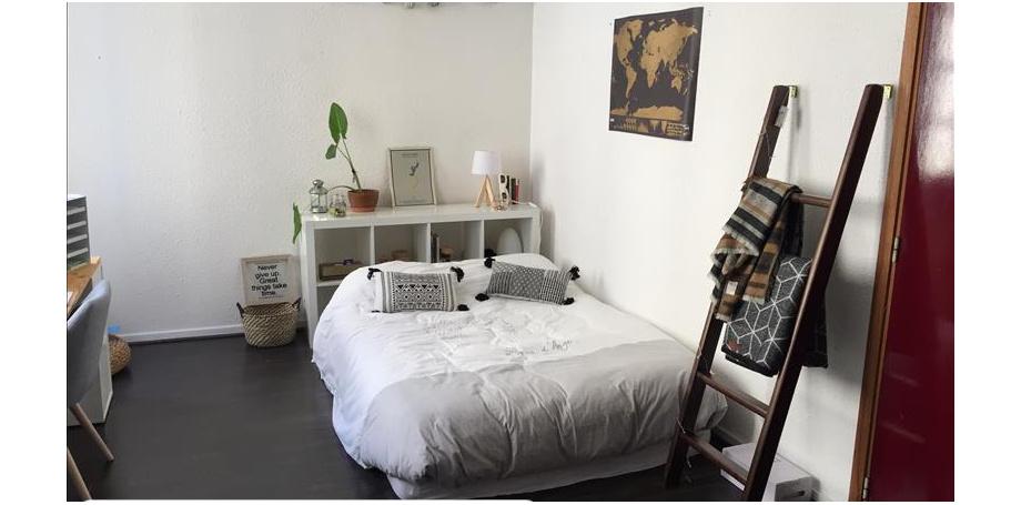 Studio de 30 m² + Box fermé à Bordeaux centre