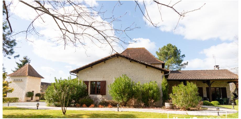 Maison en pierre type 8 de 290 m² + piscine à Pineuilh