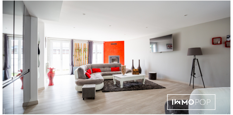 Maison de 236 m² + jaccuzzi à Parempuyre