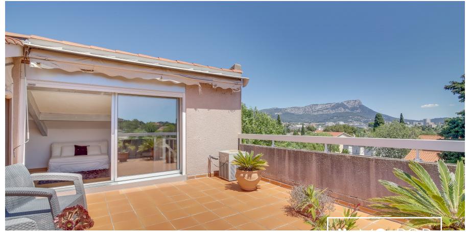 Appartement  duplex Type 4 de 104 m² + box 2 voitures à Toulon Cap Brun