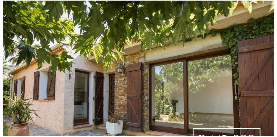 Terrasse ombragée - Maison plain pied Type 5 de 106 m² + garage à Bormes les Mimosas