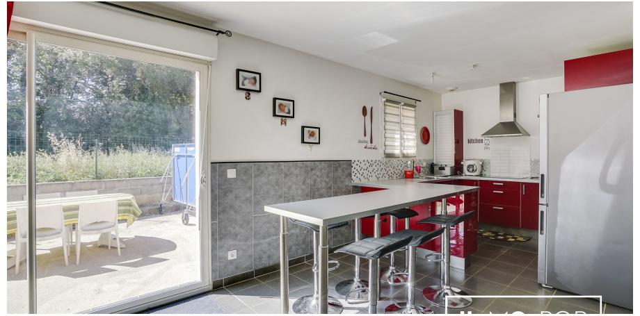 Maison de plain pied  Type 5 de 101 m² + garage à St Quentin de Baron