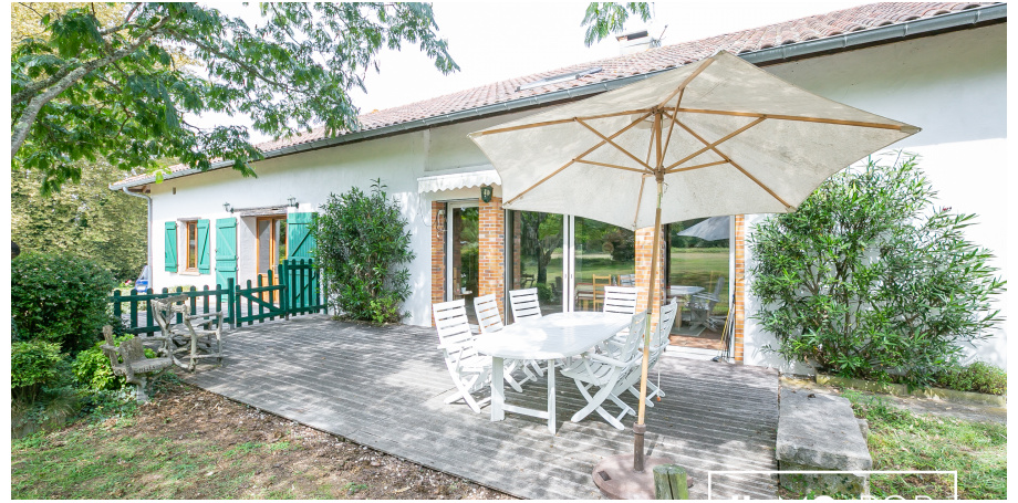 Maison Type 8 de 350 m² + garage à Saint Vincent de Tyrosse