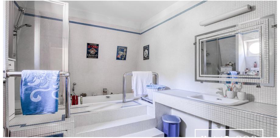 Maison Type de 280 m² + studio 30 m² à St Rémy lès Chevreuse