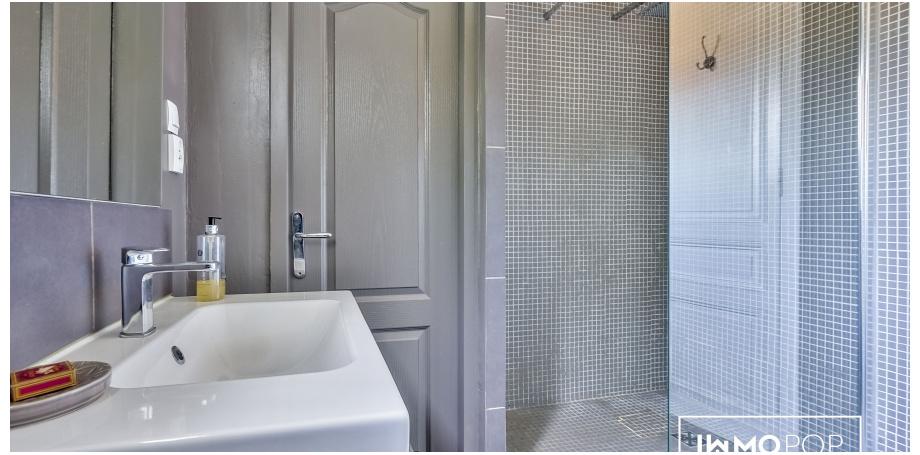 Appartement Type 5 de 102 m² à Bordeaux