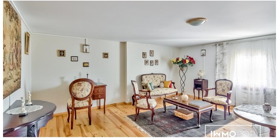 Belle demeure Type 12 de 200 m² + 200 m² sous-sol à Pin Balma