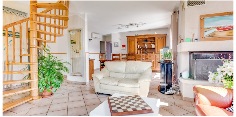 Maison atypique Type 6 + dépendance + garage à La Teste-de-Buch
