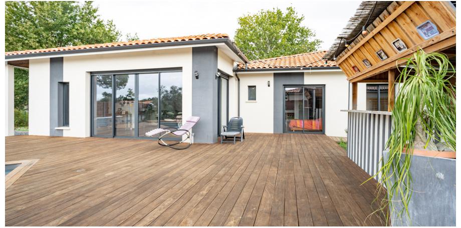 Maison plain pied Type 6 de 168 m² + piscine + garage à Mios