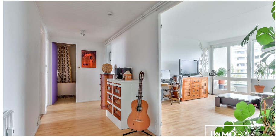 Appartement Type 4 de 94 m² + cave + parkings à Mérignac