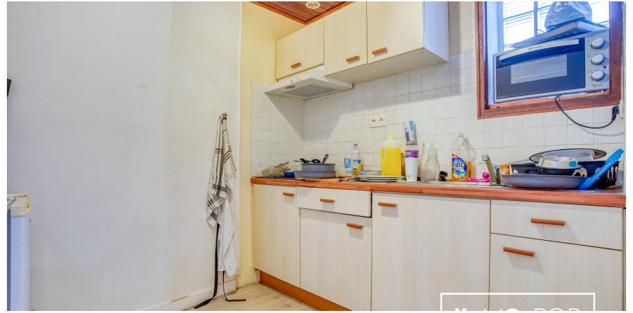 IMMEUBLE (5 Appartements) de 300 m² à Podensac