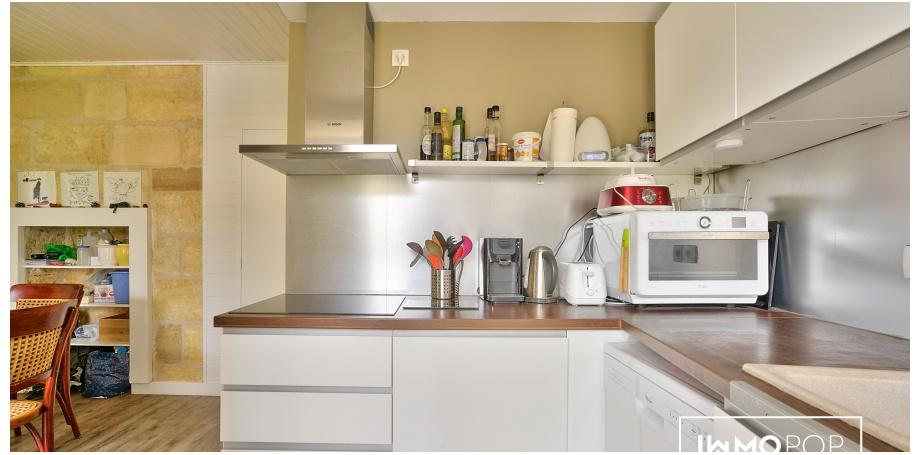Appartement type 2 bis de 71 m² (60 m² carrez) à Bordeaux centre