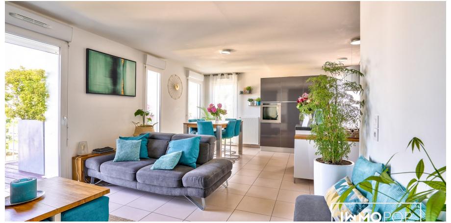 Appartement duplex Type 5 de 100 m² + 2 parkings à Bordeaux
