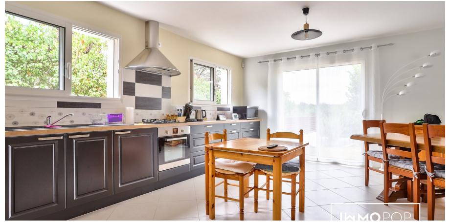 Maison plain pied Type 5 de 106 m² + garage à Coutras