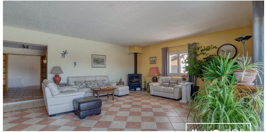 Maison Type 7 + piscine + garage + granges + écurie à St Christophe de Double