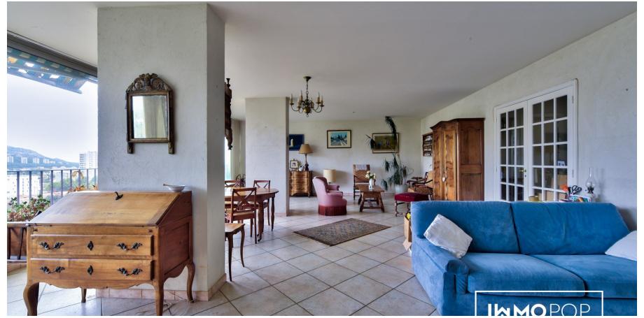 Appartement Type 5 de 135 m² + cave à Marseille 9ème