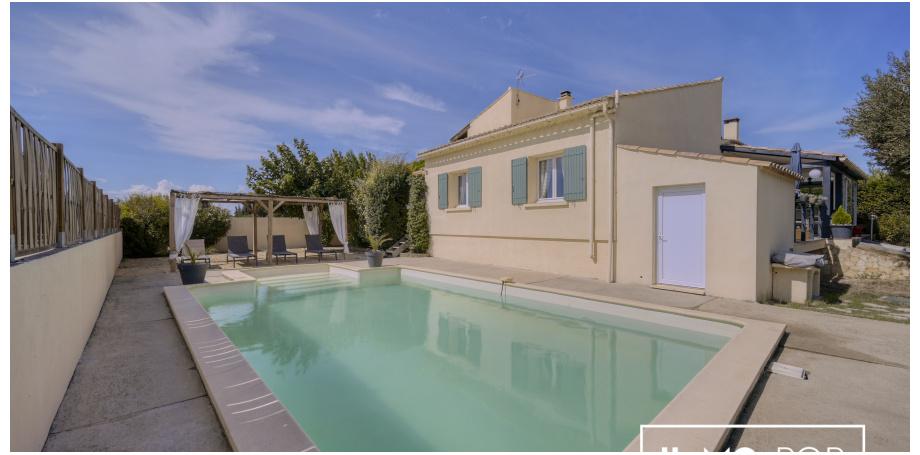Maison Type 5 de 147 m² + piscine + garage + dépendance à St Quentin la Poterie